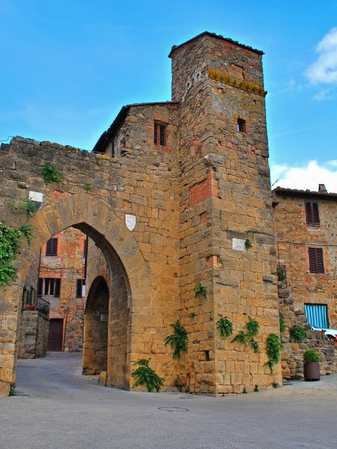 monticchiello-of-pienza-509205_1920